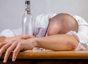 Kiedy nie pozwolisz, by Twoje dzieci bały się pijanego ojca…